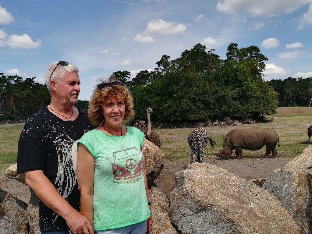 Torsten und Heike Korbi im Serengetipark